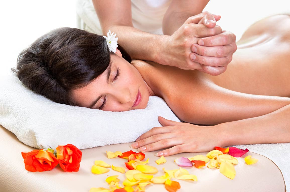 Flat 601/- Off on Aromatherapy/ Balinese Therapy/ Swedish Therapy (45 Mins) Valid For 1 Person, Valid On All Days at Avyang Health Care