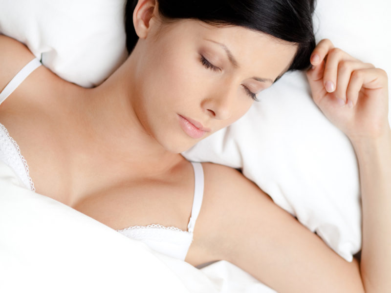 Does Sleeping With A Bra On Prevent Sagging Of Breasts