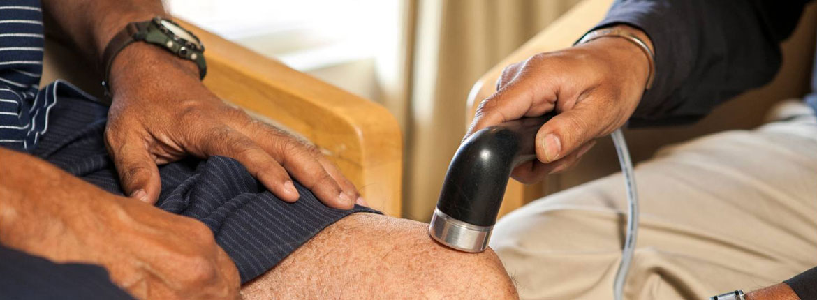 10 Effective Home Remedies for Knee Pain