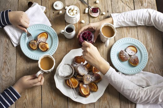 How Does Eating a Healthy Breakfast Affect the Way a Persons Body Works in the Morning?