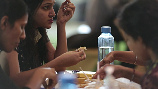 Importance of eating healthy at workplace