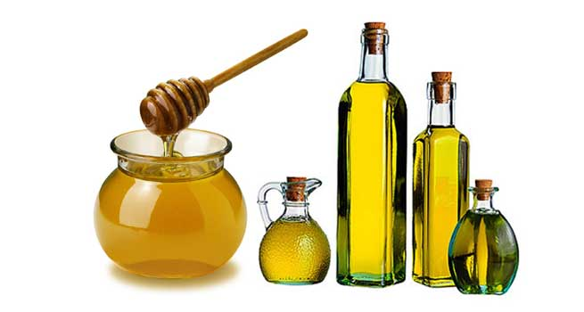 BENEFITS OF OLIVE OIL FOR SKIN, HAIR & NAILS