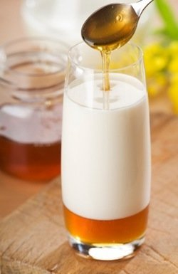 Drinking Milk With Honey Expands Sperm Count