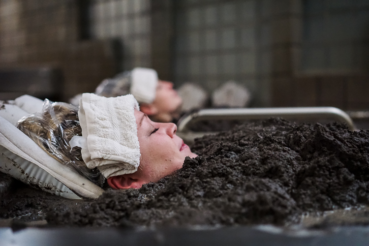 Fangotherapy: All about Mud Baths