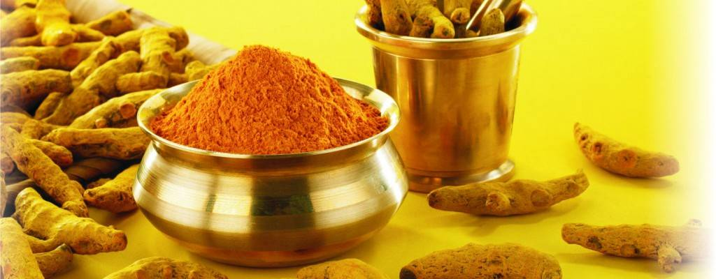5 WAYS TURMERIC IS GOOD FOR YOUR SKIN