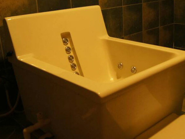 Hip Bath Jacuzzi-Benefits of therapy indication